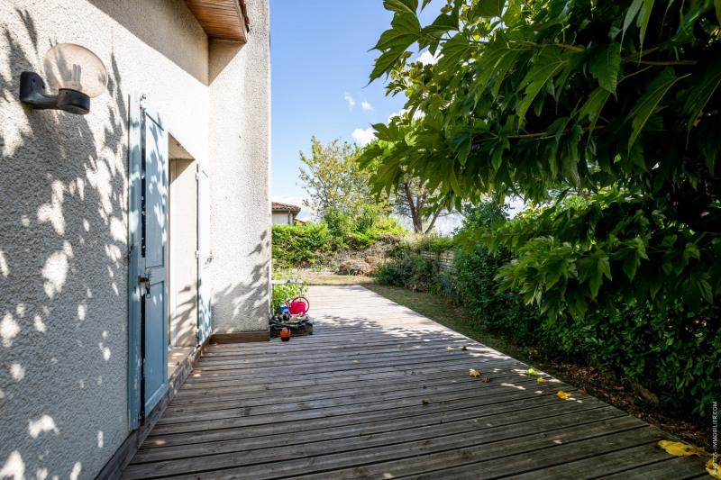 Sale house / villa Blanquefort 374500€ - Picture 2