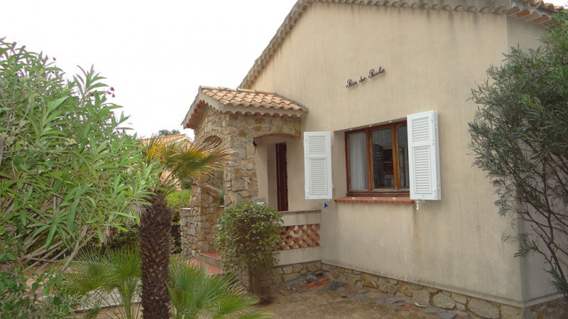 Vacation rental house / villa Cavalaire sur mer  - Picture 2