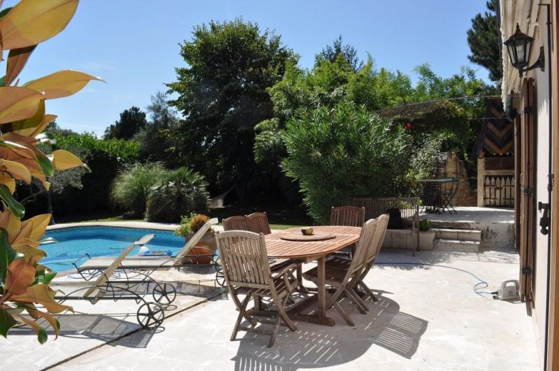 Vente maison / villa Uzes 420000€ - Photo 4