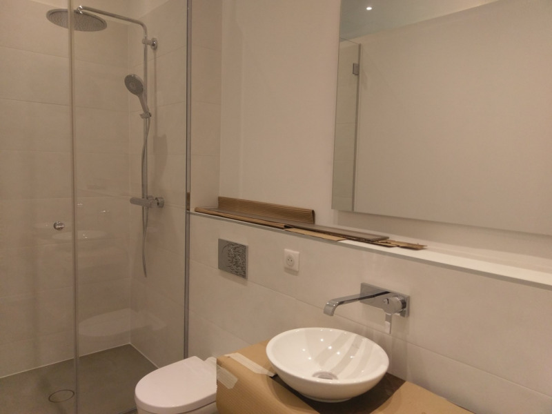 Location appartement Paris 7ème 3 950€ CC - Photo 3