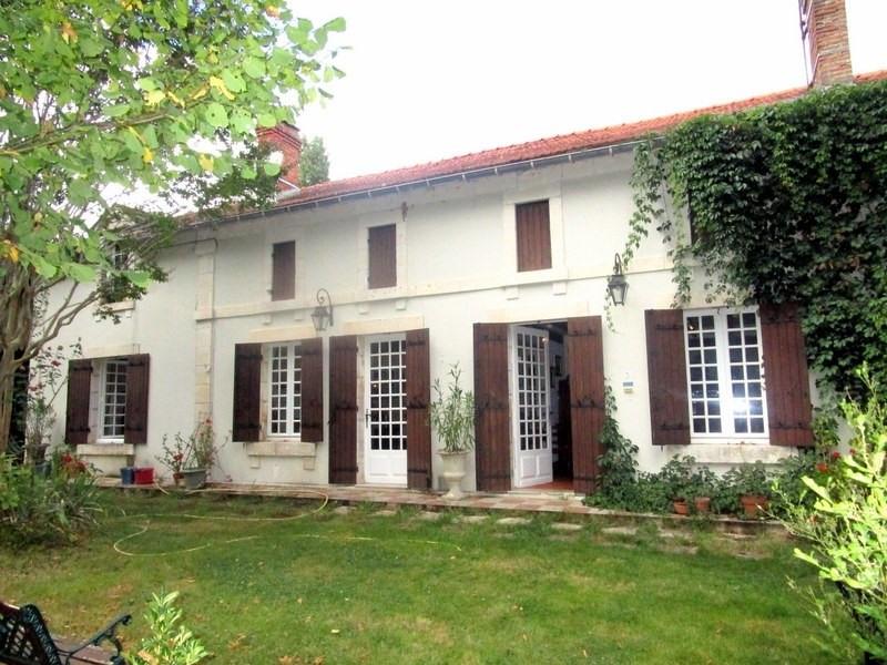Sale house / villa Montpon menesterol 207000€ - Picture 1
