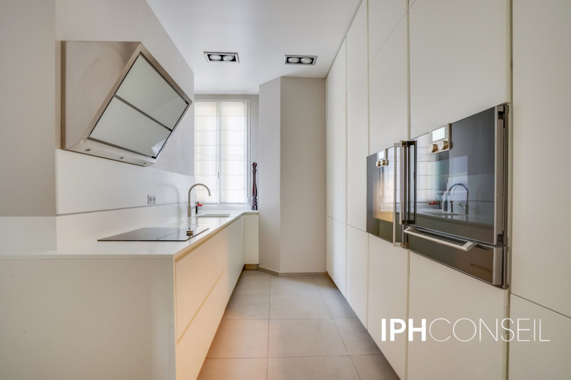 Deluxe sale apartment Neuilly-sur-seine 2200000€ - Picture 4