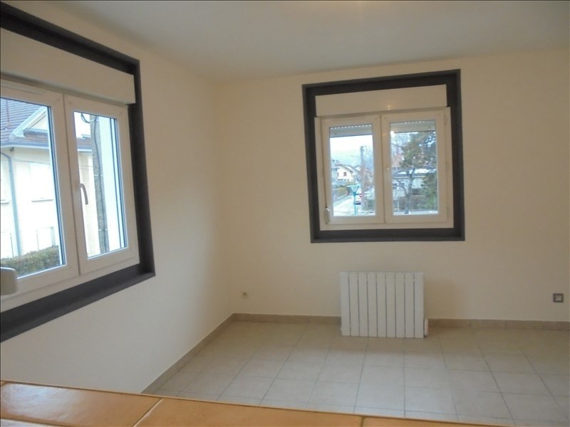 Location appartement Cluses 650€ CC - Photo 3