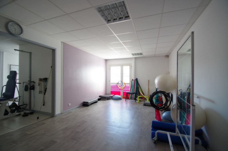 Location local commercial La rochelle 1 270€ CC - Photo 2