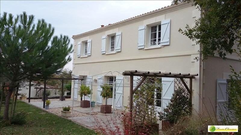 Vente maison / villa Voeuil et giget 424000€ - Photo 2