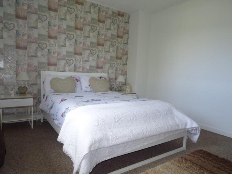 Sale house / villa Callac de bretagne 58850€ - Picture 6