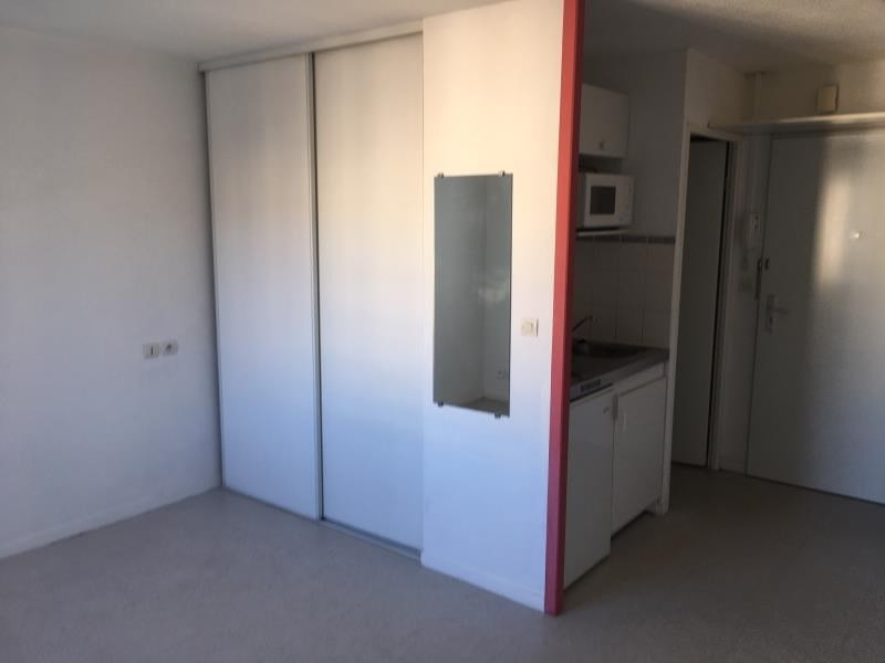 Location appartement Rouen 380€ CC - Photo 2