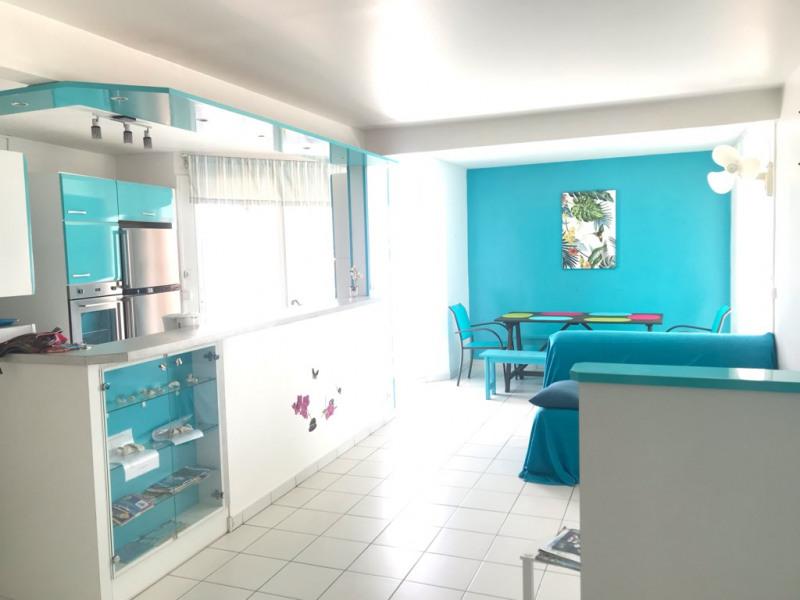 A vendre Très bel appartement T3 à Sainte Anne