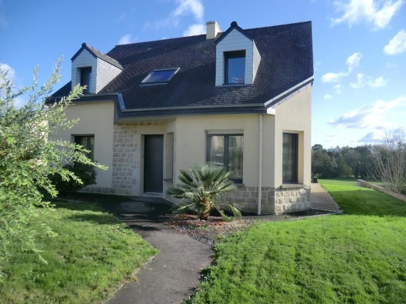 Sale house / villa Fougeres 243000€ - Picture 1