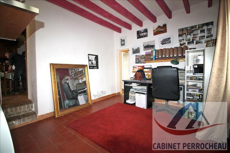 Sale house / villa La chartre sur le loir 111500€ - Picture 6