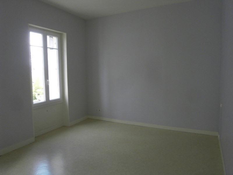 Rental apartment Cognac 445€ CC - Picture 3