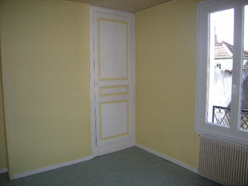 Location maison / villa Chatellerault 480€ CC - Photo 5