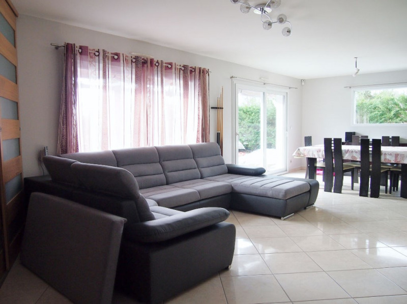 Sale house / villa La tour du pin 269 000€ - Picture 2