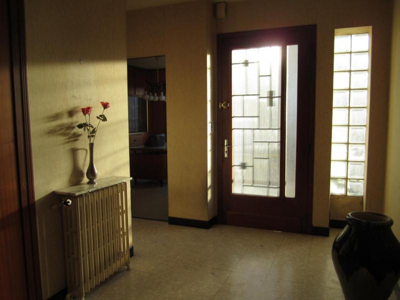 Sale house / villa Barbezieux saint hilaire 171600€ - Picture 5