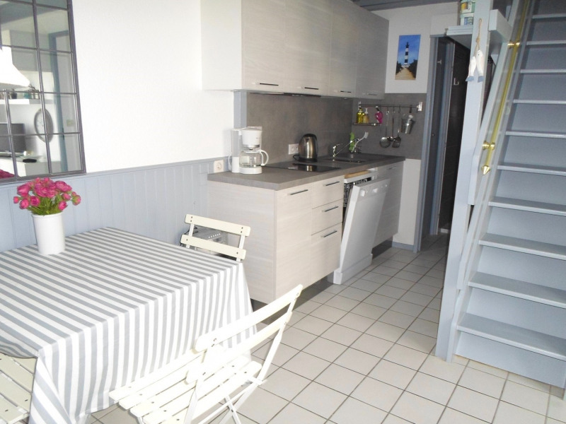 Location vacances maison / villa Saint-palais-sur-mer 440€ - Photo 5