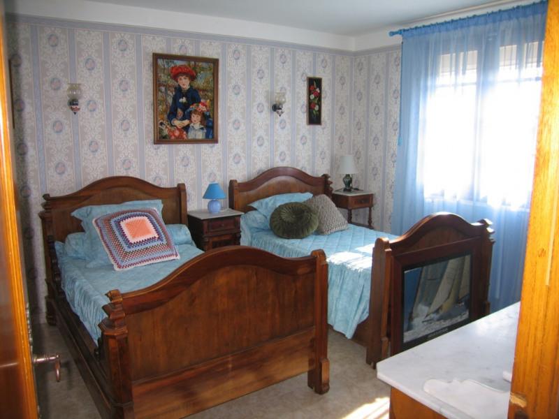 Sale house / villa Redessan 462000€ - Picture 6