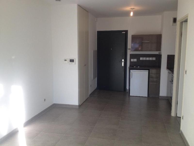 Location appartement Aix en provence 780€ CC - Photo 9