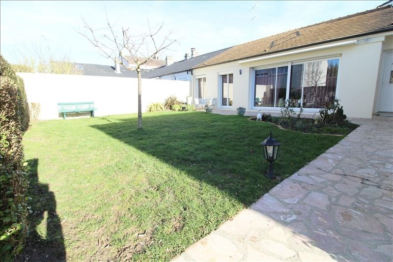 Vente maison / villa Maurepas 378 000€ - Photo 2