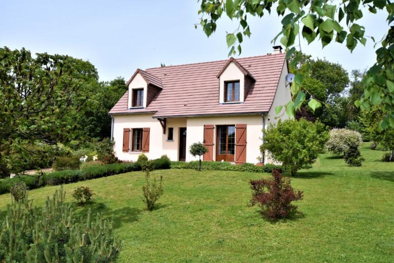 Sale house / villa Saint calais 213000€ - Picture 1