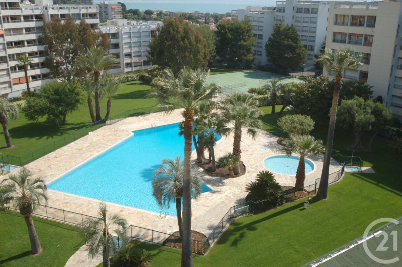 Sale apartment Antibes 365 000€ - Picture 2
