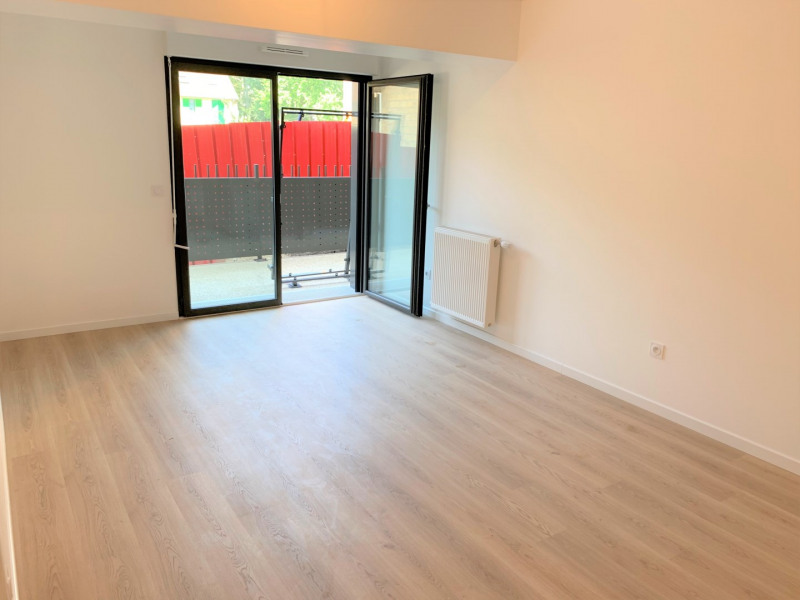 Rental apartment Pontoise 789€ CC - Picture 3