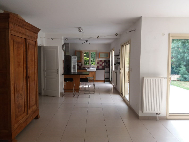Rental house / villa Bièvres 2 000€ +CH - Picture 1