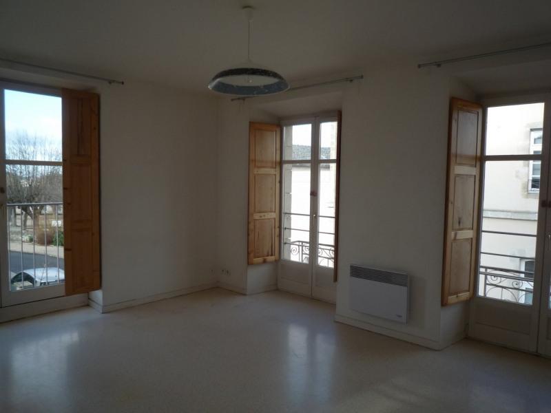 Location appartement St julien chapteuil 404€ CC - Photo 1