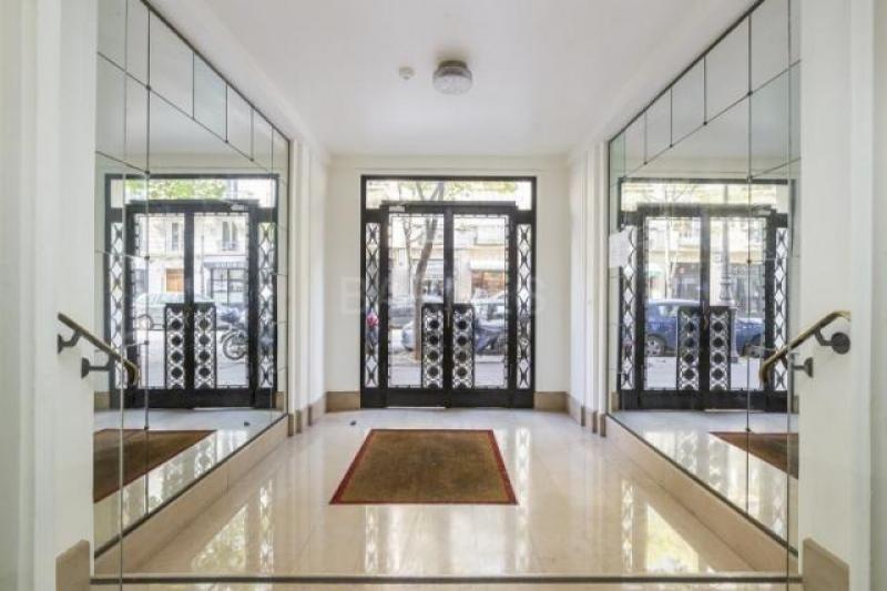 Life annuity apartment Paris 16ème 214000€ - Picture 1