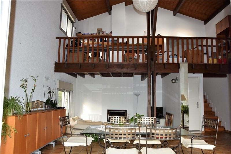 Location maison / villa Quint 1500€ CC - Photo 2