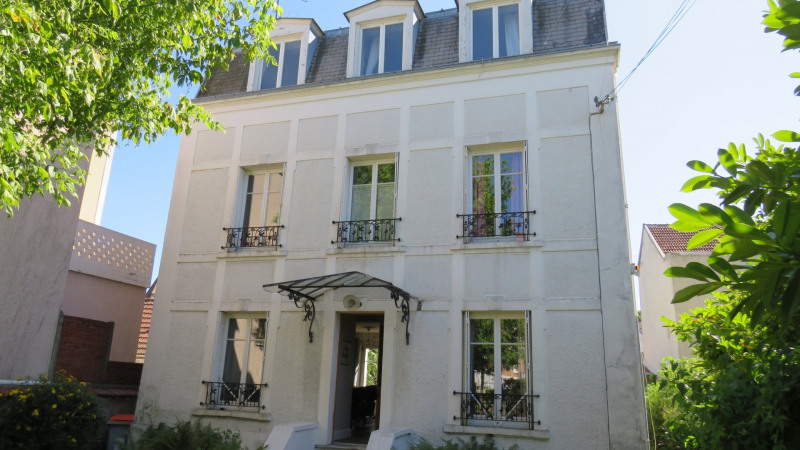 Sale house / villa Villemomble 645 000€ - Picture 1