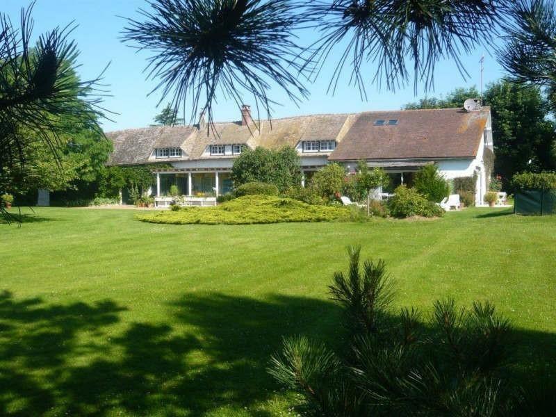 Sale house / villa Breval 438000€ - Picture 2