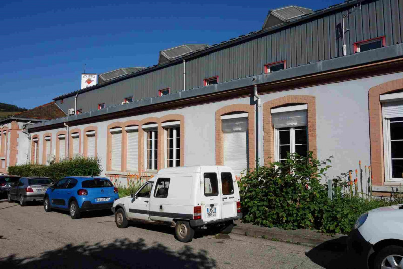 Location local commercial Unieux 1 430€ CC - Photo 1
