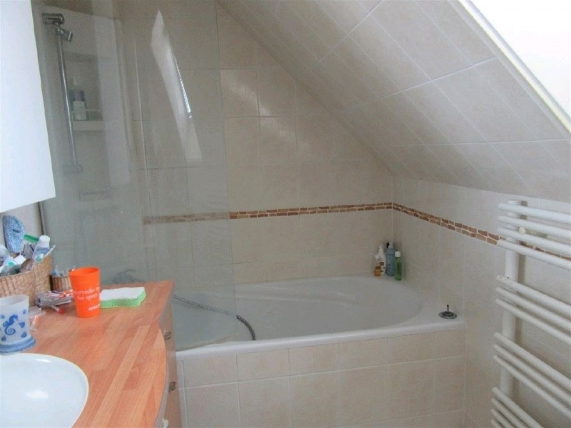Sale house / villa Taverny 354000€ - Picture 5