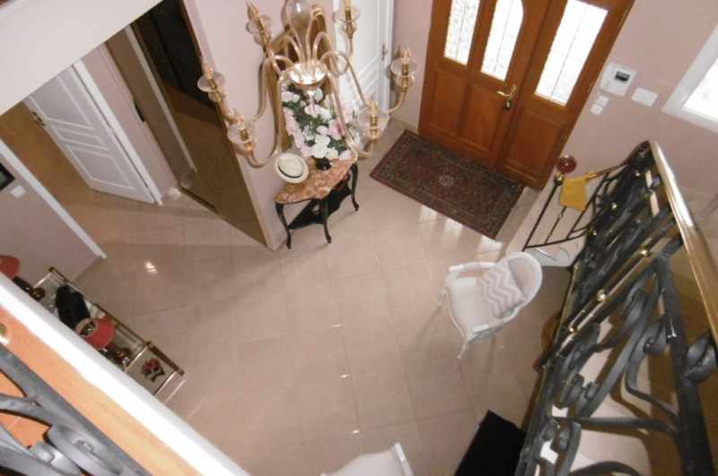 Deluxe sale house / villa Yvre l eveque 655 200€ - Picture 10
