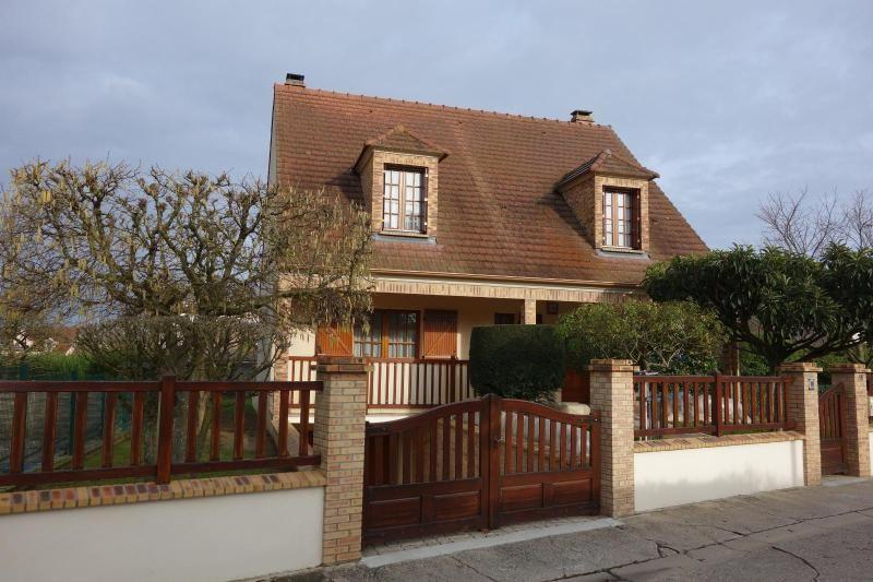 Sale house / villa Thorigny sur marne 448000€ - Picture 1