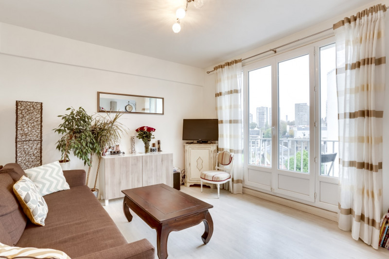 Sale apartment Bagnolet 282 000€ - Picture 2