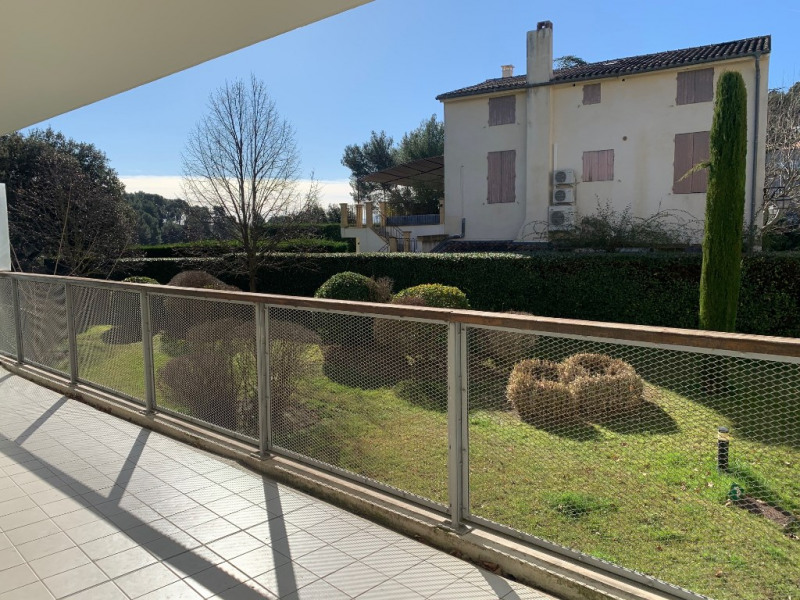 Sale apartment Aix en provence 240000€ - Picture 2