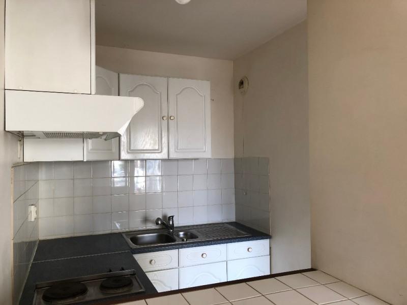 Rental apartment Carrieres sous poissy 810€ CC - Picture 3