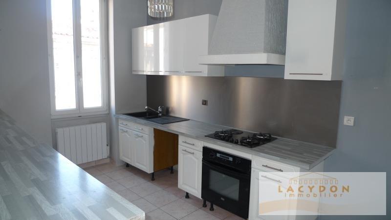 Sale apartment Marseille 4ème 140000€ - Picture 2