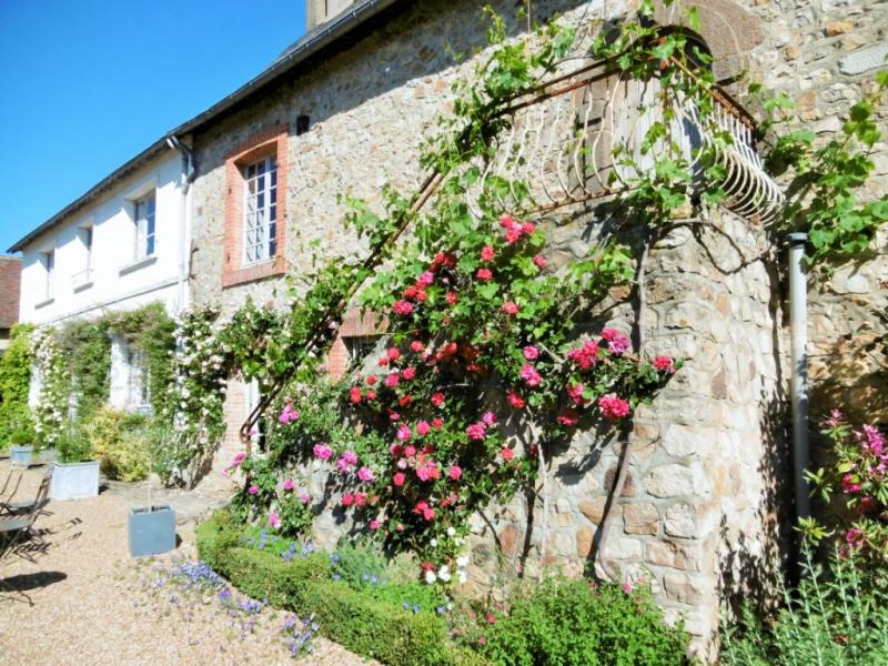 Vente maison / villa Yvre l eveque 426400€ - Photo 11