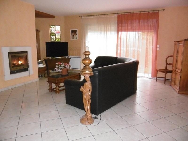 Sale house / villa Montpon menesterol 147000€ - Picture 2
