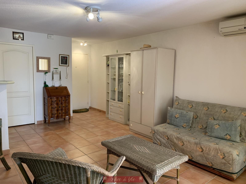 Vente appartement Bormes les mimosas 177 000€ - Photo 1