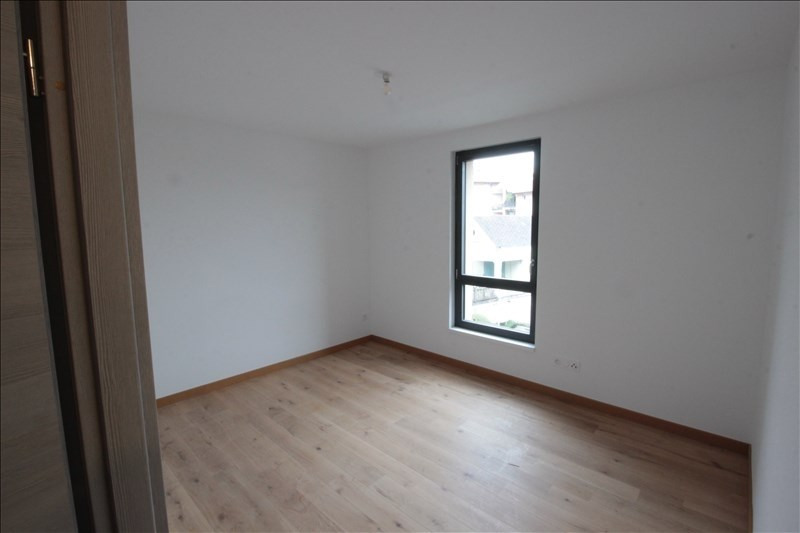 Location appartement La roche sur foron 1 030€ CC - Photo 4