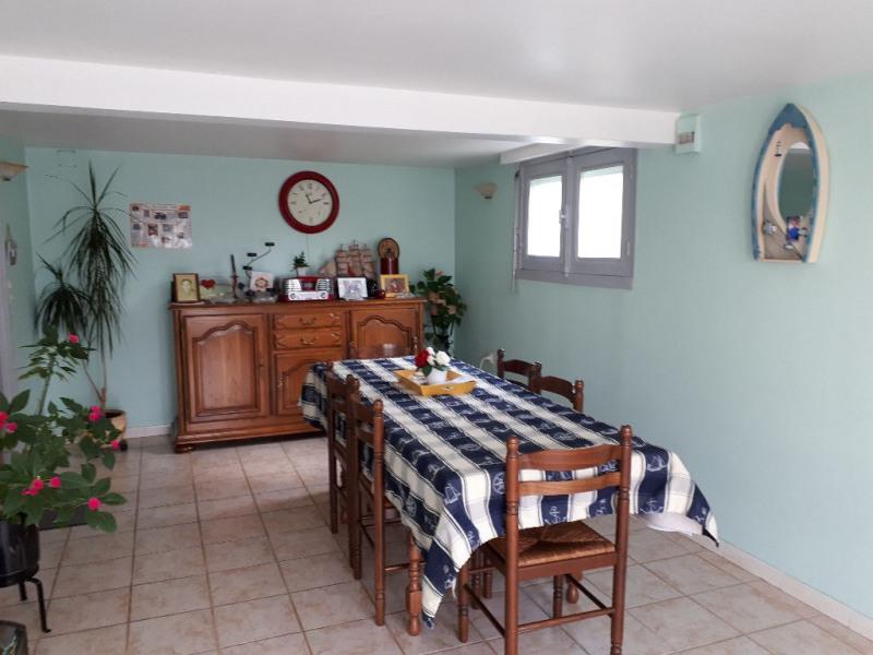 Sale house / villa Saint saturnin du limet 60000€ - Picture 2