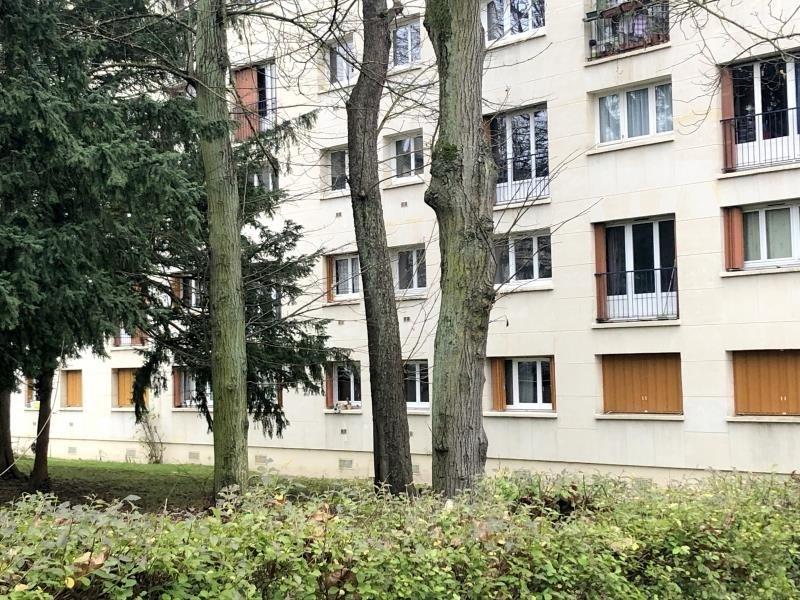 Sale apartment St germain en laye 248000€ - Picture 1