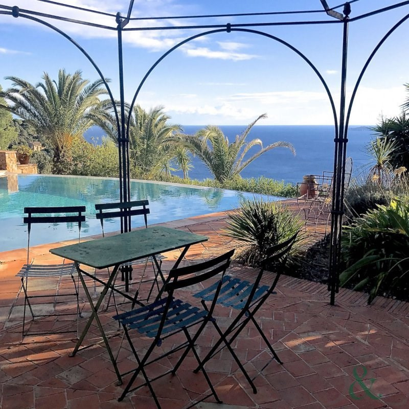 Deluxe sale house / villa Rayol canadel sur mer 1990000€ - Picture 3