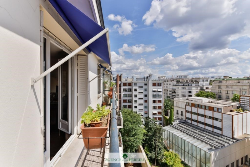 Sale apartment Paris 16ème 700 000€ - Picture 1