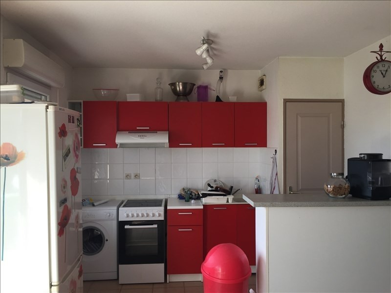 Sale apartment Carcassonne 79500€ - Picture 2