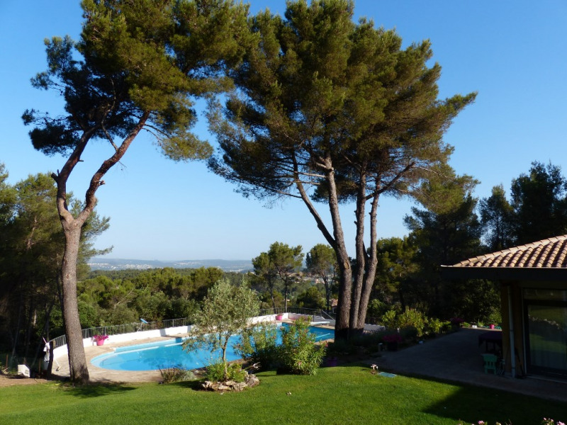 Deluxe sale house / villa Bouc bel air 890 000€ - Picture 2