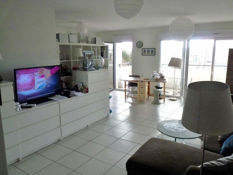 Rental apartment Ste foy les lyon 799€ CC - Picture 1